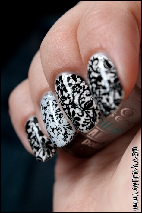 Black and white nails 6